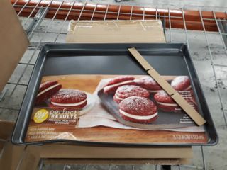 Wilton Perfect Results Premium Non Stick Bakeware Mega Cookie Pan 15 X 21 Inch