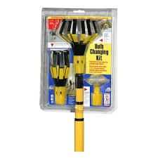 Bayco 11 ft Steel and Plastic light Bulb Changer RETAIl  20 48