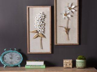Flower Wall Plaque   Set of 2