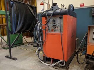 AIRCO AC DC WElDER TiG   ARC with chiller set up Model   3A DDR 224HPA