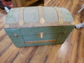 Old hump back trunk