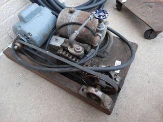 Vintage pump compressor