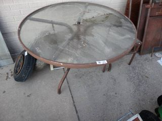Round glass top patio table   glass top patio side table