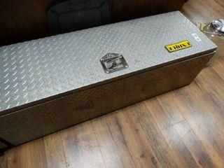 Unique diamond plate truck box