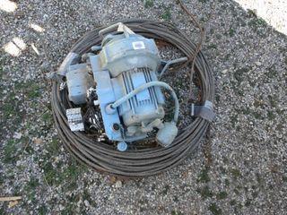 Electric hoist w  cable