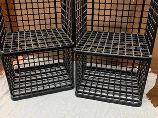 Plastic stackable crates