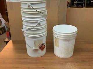 5 gallon plastic buckets