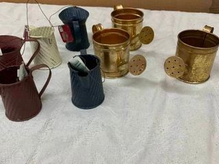 Small decorative metal cans