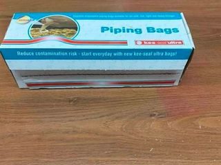 Piping bags for icing