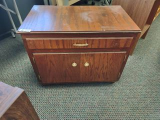 Small Wooden Cabinet  Approx  31  l x 18  W x 25  H