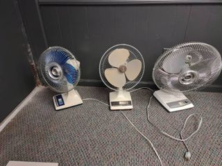 lot of 3 Desk Fans