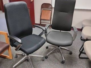 lot of 2 Black Rolling Office Chairs