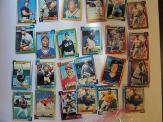 Former MLB player baseball card auction
