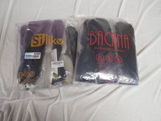 lot with a pack of silike braiding hair extensions and a pack of Bacana jumbo braiding hair