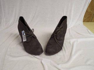 Torrid grey heel s  size 10