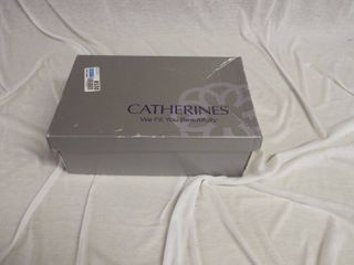 A pair of good sole s catherine s heels size 8W