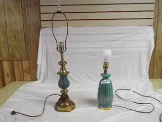 2 decorative table lamps
