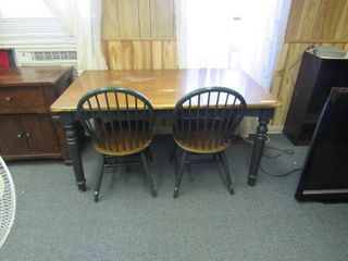 Dining room table w 2 chairs