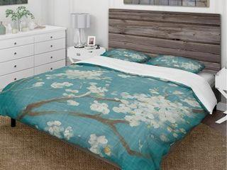 Designart  Blue Cherry Blossoms II  Cottage Bedding Set   Duvet Cover   Shams  Retail 133 49