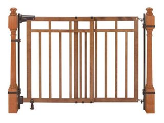 Summer Infant 32 48 inch Banister and Stair Gate with Dual Installation Kit