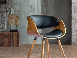 Corvus Mid century Modern Accent Chair  Retail 133 49