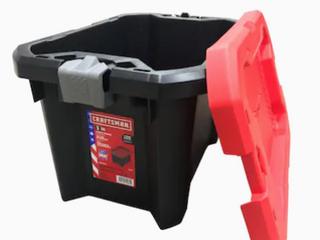 Craftsman 5 Gallon Storage Container   one latch broken