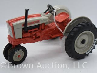 Ford 901 Select O Speed die cast tractor  1 16 scale