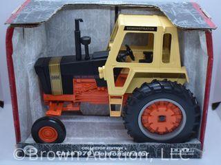 Case 960 Demonstrator die cast tractor  1 16 scale