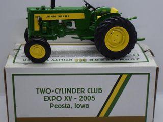 John Deere 330 utility tractor  1 16 scale die cast