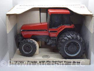 Case International 7140 die cast tractor  1 16 scale