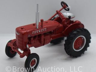 Farmall Model A die cast tractor  1 16 scale