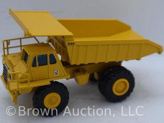 Cat 769C Dump Truck die cast model  1 50 scale