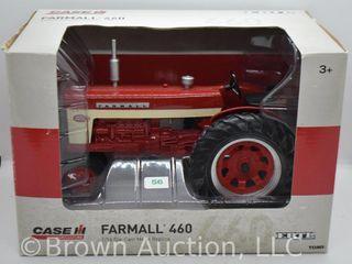 Farmall 460 die cast tractor  1 16 scale