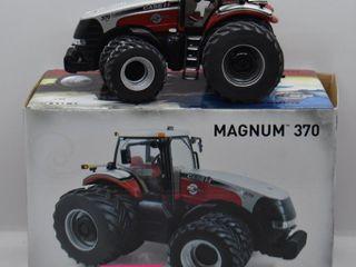 Case IH Magnum 370 die cast tractor  1 32 scale