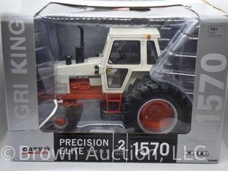 Case 1570 die cast tractor  1 16 scale