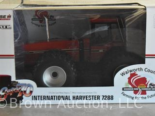 International Harvester 7288 4WD die cast tractor  1 16 scale