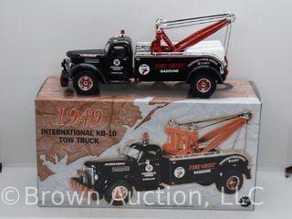 1949 International KB 10 Tow Truck  die cast  1 34 scale