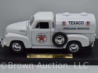 1953 Chevrolet Tanker die cast model  1 24 scale