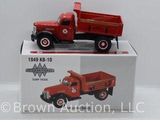 1949 International KB 10 Dump Truck  die cast  1 34 scale