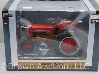 Massey Harris 50 Gas narrow front die cast tractor  1 16 scale