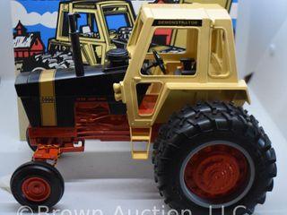 Case 1170 Demonstrator die cast tractor  1 16 scale
