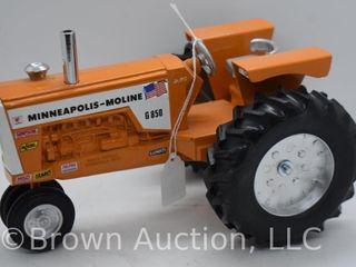 Minneapolis Moline G850 die cast tractor  1 16 scale