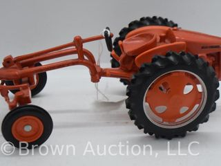 Allis Chalmers Model G die cast tractor  1 16 scale