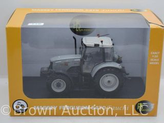 Massey Ferguson 5470 Fauchi die cast tractor  1 32 scale  silver
