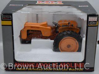 Minneapolis Moline 4 Star gas die cast tractor  1 16 scale
