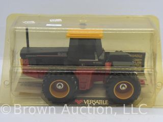 Versatile 836 4WD die cast tractor  1 32 scale   1st edition
