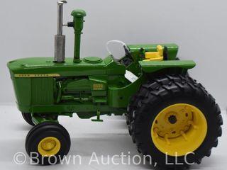 John Deere 6030 diesel die cast tractor  1 16 scale