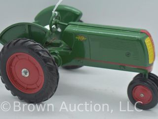 Oliver 70 row crop die cast tractor  1 16 scale