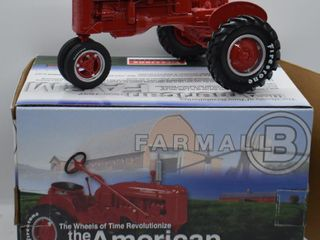 Farmall B die cast tractor  1 16 scale