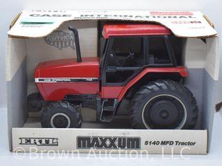 Case International Maxxum 5140 die cast tractor  1 16 scale